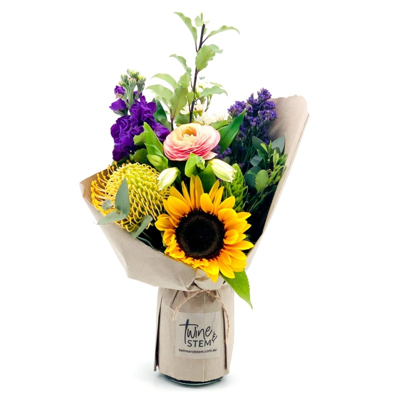 twine-and-stem-little-bouquet_1630735440